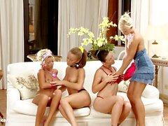 Vier Hotties Hailee Lila Mya und Mischelle engag