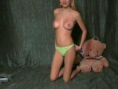 Marinası ( oyuncak ayıyla )