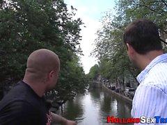 Amateur putain hollandais suce