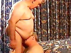 2. älteren Männer spielen