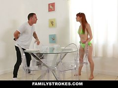 FamilyStrokes - Hot Step Sis Şantaj ve Fucked By Brother