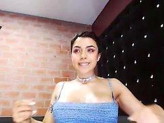 Latina montre amateur de police pawnshop cul
