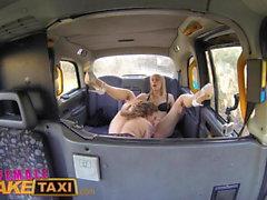Femme Faux Taxi Horny Minx A De Chaud Taxi Taxi Avec Bisexua