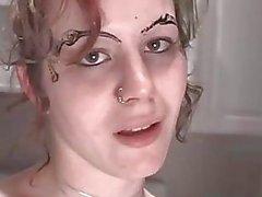 К Лицам Нетрадиционной Сексуальной pisswhore пиющий ее друзей ссать