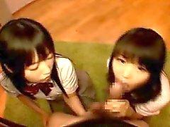 Schoolgirl vänner Att Andel en kuk