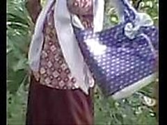 Ayu Wulandari Gadis SMP Jilbab Pulang Sekolah Ngewe Sama Pacar --- ilelweb