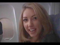 Sarah Peachez - самолет минет