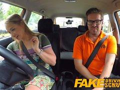 Faux Driving School Learners post leçon orgasme cornée