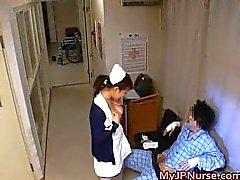 Enfermeras de japonesas chupadores