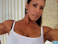 Denise Masino - Pony bis Strap-on Video - Weibliche Bodybuilder