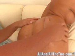 Big Booty Bebê Nikki Delano Gets Ass comida!
