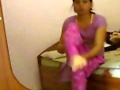 ENF - Indio muchacha despojado por el hermano frente de su novio