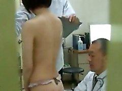 Japanese Laien Voyeurs Spycam in Umkleideraum