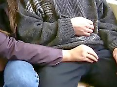 Девушка любит сосать хуй о общественных мест