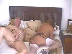 Старик с Молодые женщины части два Носить- Твида