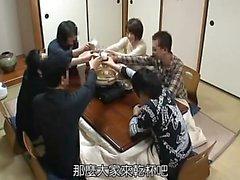 Любительская японская девочка минет и палец