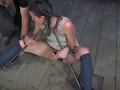 Ограниченная раб нуждается в ублажают