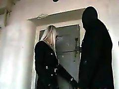 Блондинка ЛС выебанная в тюрьмы