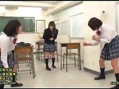 Schönheit Japanese Teen Fingersatz Haarige Muschi