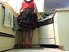 Sissy di Ray in Black Plissettato pannello esterno in Kitchen ( rubinetto primo piano)