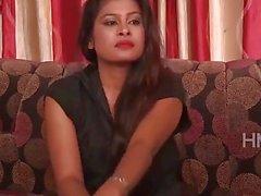 huijaamisesta Intian aviomiehensä cuckolded desi bhabhi naapuri parinvaihto