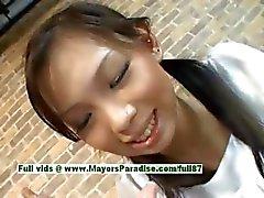 Mimi adolescente menina chinesa dar um boquete