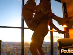 EDC Vegas Candy Girl brutal rau gefickt Inside Out Luxor Fenster