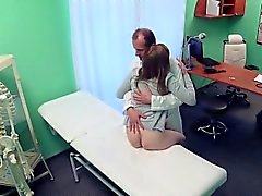 Spanked wife came to hospital for help