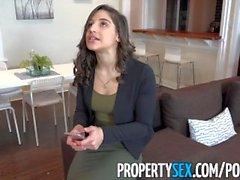 PropertySex - Un étudiant baise un gros agent immobilier