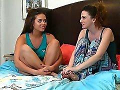 Emma Evins und die Blair Sommern Schnappschuß einer Speicher