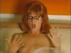 Beverly Lynne - biquini um go-go