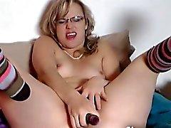 Mama passo amador masturbar e esguichar para cam