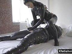 Cumshot ile sıcak pornstar lateks