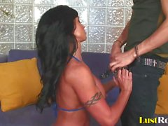 Deepthroating is an easy task for beautiful Jewels Jade