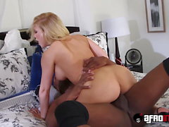 Luscious Kagney Linn Karter spreads eagle for throbbing BBC
