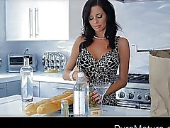 Hot MILF Veronica Avluv fucked while drunk