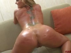 PAWG Flower Tucci shakes her big butt on a big black dick