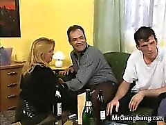 Sporchi Slut tedesca Hired Italia For A Gangbang