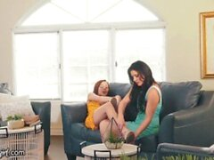 'Hot Stepmom Masturbates Her Stepdaughter Hard'