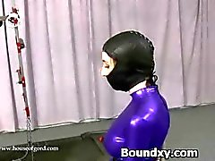 Vrouw In Latex Fetish Rude Discipline Games