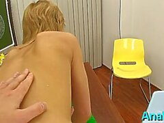 worshipped blonde gf justine gets a therapy