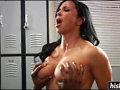Jewels Jade loves to do black anal