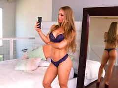 Naughty America Nicole Aniston loves a deep wet creampie