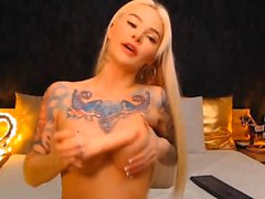 Hot Blonde Fucks Her Wet Hole