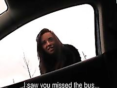 Amateur girl missed the bus agreed to have sex in the car