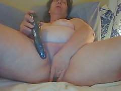 Granny big beautiful woman cam play toys