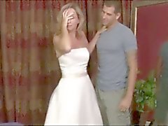 Moms At Wedding Dress Fantasy adım atın