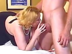 Sam 38G gives an amazing blowjob!