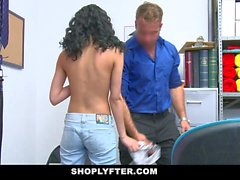 Copine ShopLyfter minuscule Gets Fucked