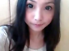 À chaud Asian Webcam Girl plays de 3